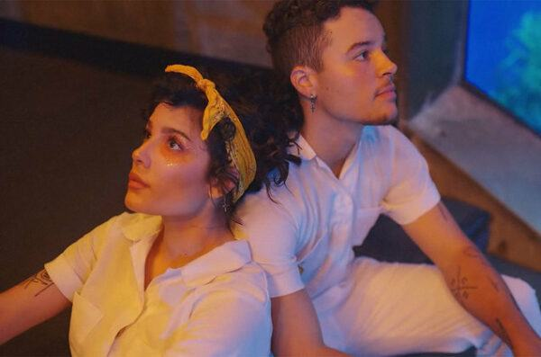 """Halsey Celebrates 25th Birthday With Her Brother In """"Clementine"""""""